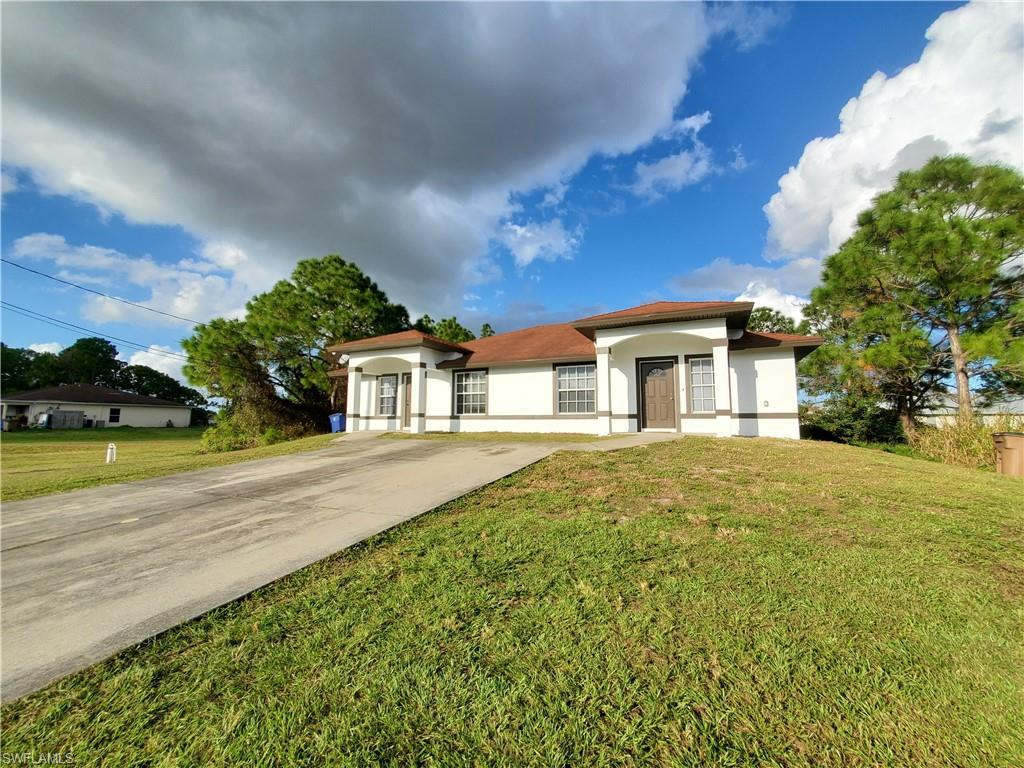 For Sale in WEST LEHIGH LEHIGH ACRES FL