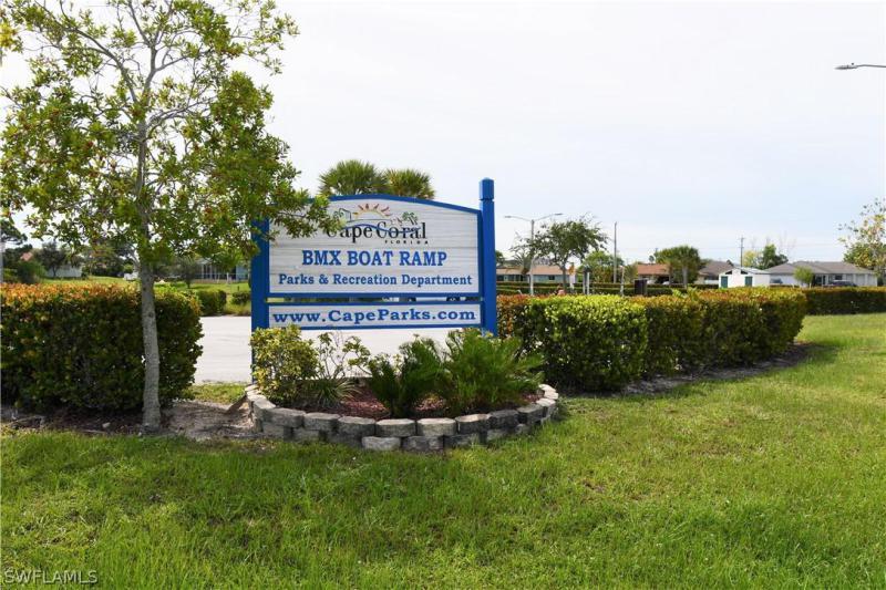 1516 Sw 7th Court, Cape Coral, Fl 33991