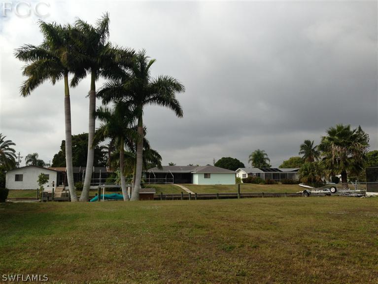 2522 Se 23rd Place, Cape Coral, Fl 33904
