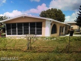 For Sale in FRANKLIN PARK FORT MYERS FL