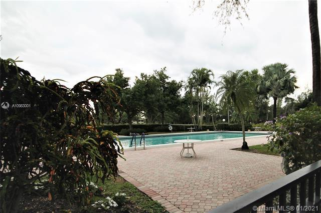 Photos for unit 511 at PALM-AIRE COUNTRY CLUB 50