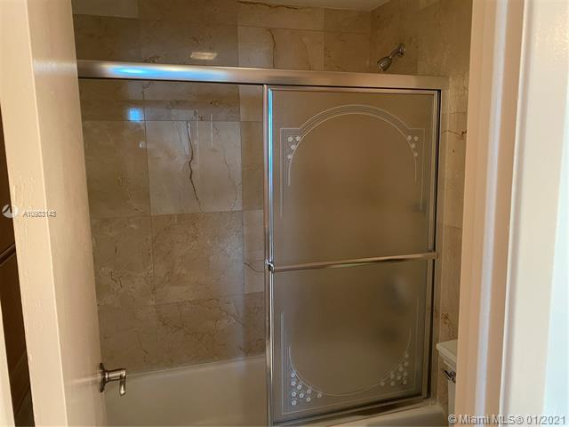 Photos for unit 1922 at ARLEN HOUSE WEST CONDO