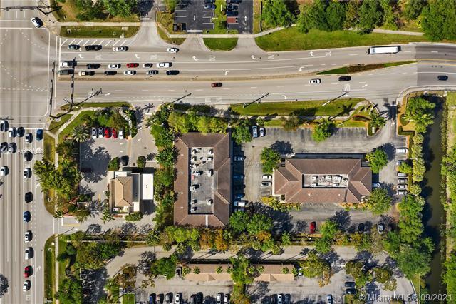 Commercial real estate in Davie