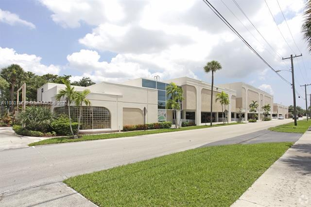 Commercial real estate in Plantation