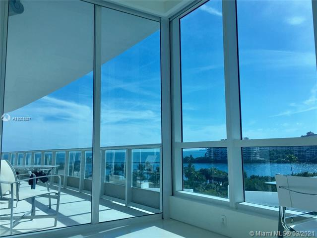 Photos for unit 604 at CONTINUUM ON SOUTH BEACH
