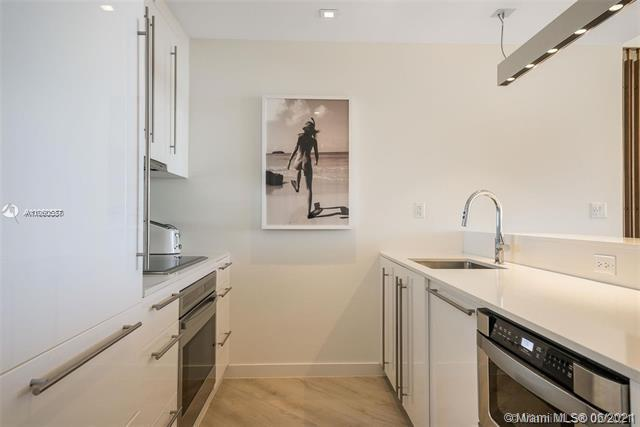 Photos for unit 814 at 2201 COLLINS AVE CONDO