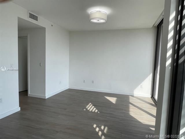 Photos for unit 1055 at 9900 BAY HARBOR TOWN