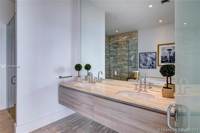 Photos for unit PH4704 at Biscayne Beach